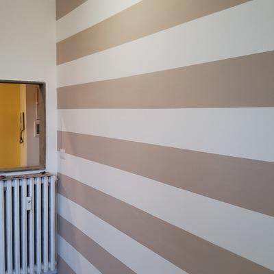 Semplice parete a righe