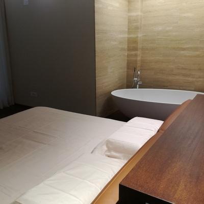 Vasca da bagno in camera