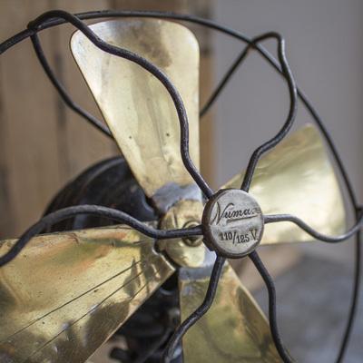 Ventilatori vintage per rinfrescare l'arredamento di casa