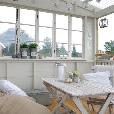 Chiudere un balcone o una terrazza: 7 domande da porsi