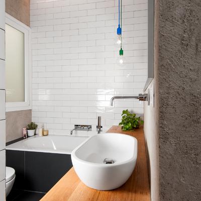 Vista del bagno (comunicante con il secondo bagno)