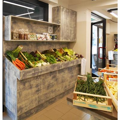 Idee di ristrutturazione locali commerciali a firenze per for Idee per arredare un negozio di frutta e verdura