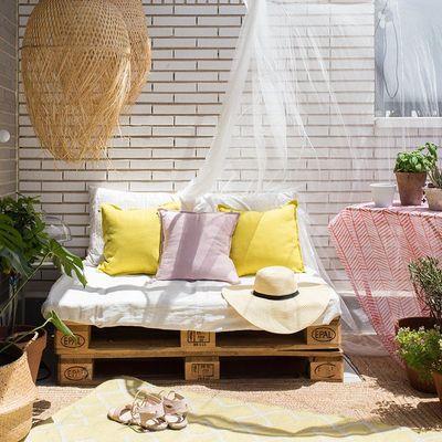 Zanzariere e altri rimedi per proteggersi dagli insetti