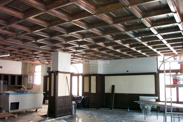 Progetto costruzione controsoffitto a cassettone ad for Controsoffitto in legno