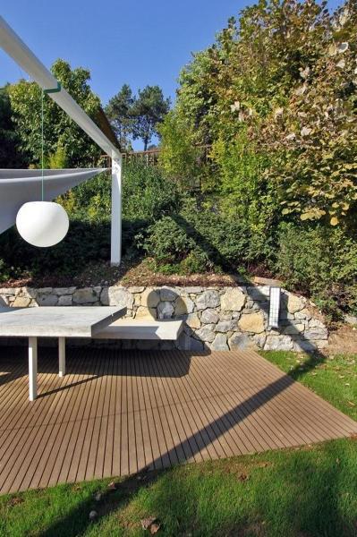 Foto angolo barbecue in giardino di sandra marchesi for Angolo giardino