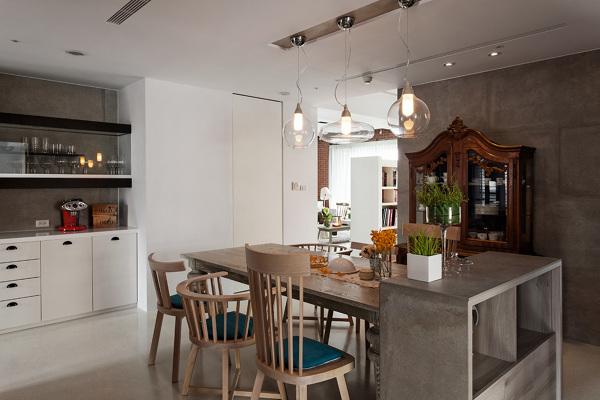 foto arredamento contemporaneo e classico in cucina di