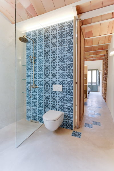 Foto bagno con cementine azzurre di rossella cristofaro - Bagno con cementine ...