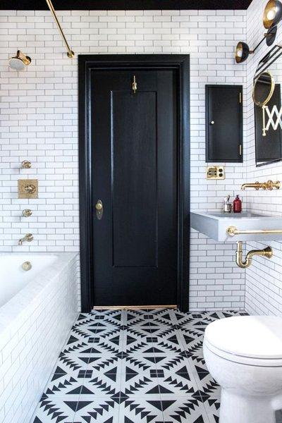 Foto bagno in bianco nero e oro di rossella cristofaro - Rubinetteria bagno bianco oro ...