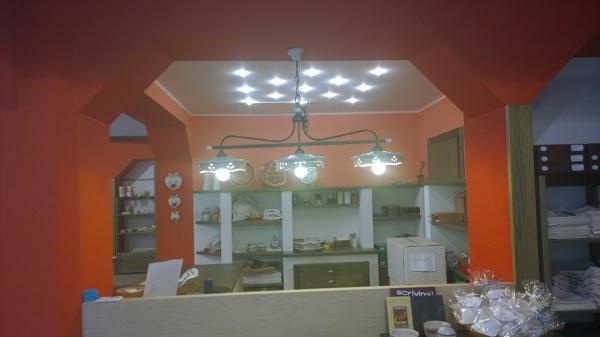 Foto banco ufficio della propietaria di vida en color for Banco ufficio