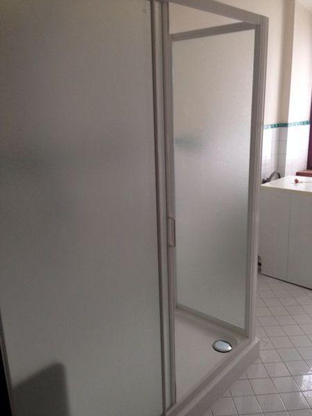 Foto box doccia ingresso di idealnova 216984 habitissimo - Foto box doccia ...