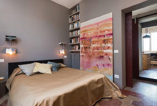 Camere Da Letto Pareti Grigie : Foto camera da letto con pareti grigie e pavimento d epoca di