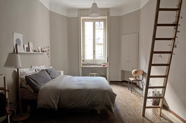Come Arredare Una Camera Da Letto Stretta : Foto camera da letto stretta di claudia loiacono