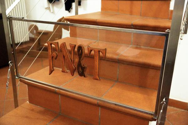 Cancelletto In Legno : Cancello in ferro rivestito in legno cancello in ferro rivestito