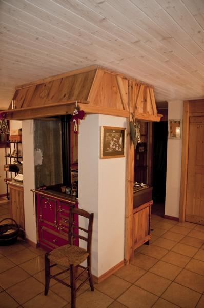 Foto cappa con banco cucina ad angolo di wds mobili su misura 292150 habitissimo - Cucina con cappa ad angolo ...