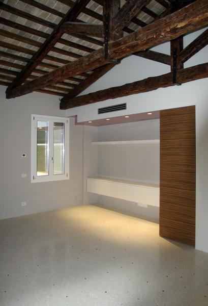 Foto casa dr venezia soggiorno di zanon e dipaola for Venezia soggiorno