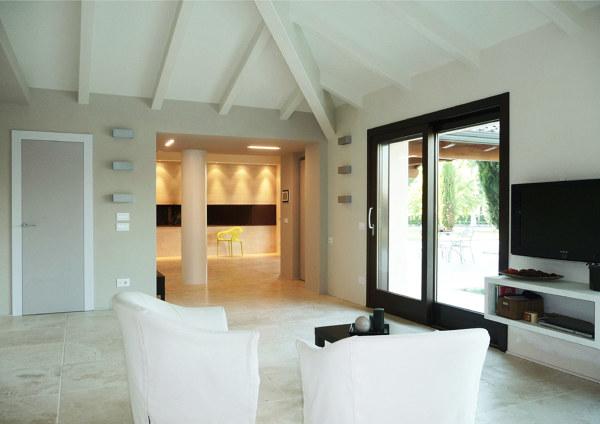 Foto casa in legno interni di l a cost srl 509390 for Lacost case in legno