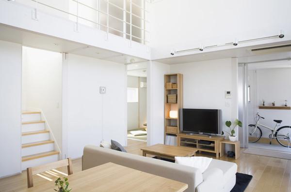 Foto casa prefabbricata minimalista in stile japponese di for Casa stile minimalista