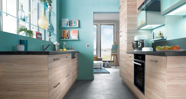 Foto: Cucina In Legno e Pareti Verde Acqua di Rossella Cristofaro ...