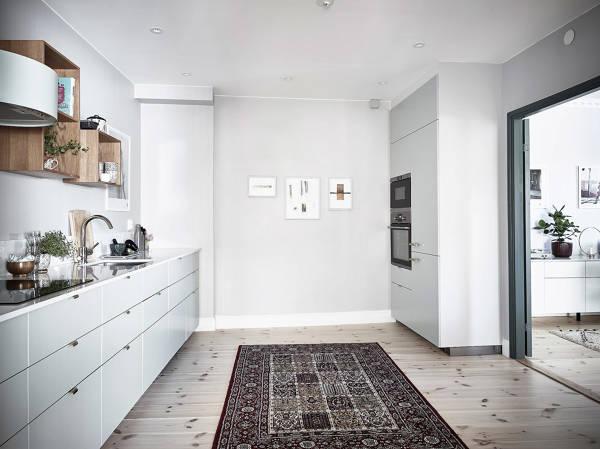 Foto cucina moderna grigio chiaro di rossella cristofaro for Cucina moderna grigio chiaro