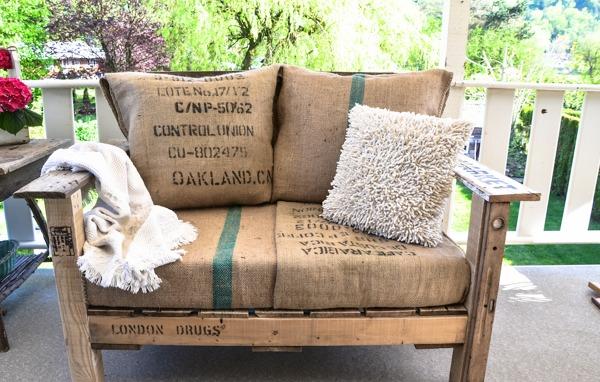 Foto divano in stile rustico di antonino 304310 for Divano rustico