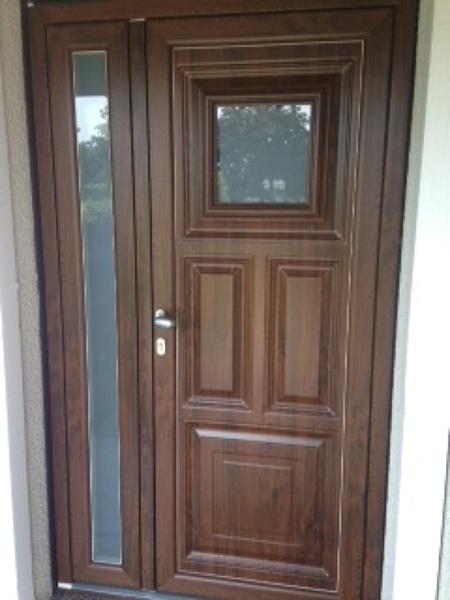 Foto esterno portoncino d 39 ingresso di tecnopiu 39 serramenti 316370 habitissimo - Scale ingresso esterno ...