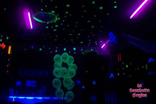 Foto fluo party per ludoteca bambini di la bacchetta for Arredamento ludoteca prezzi