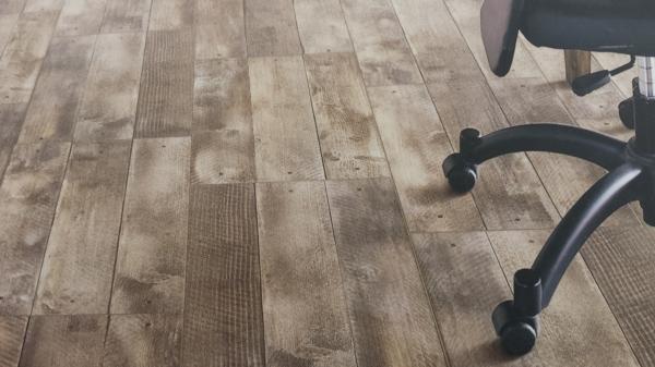 Foto gres porcellanato effetto legno di global service roma