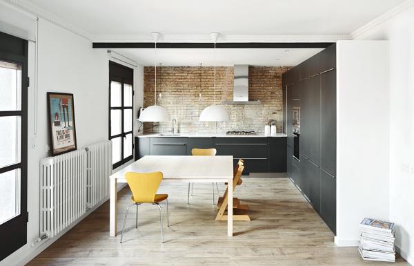 Riscaldamento caloriferi o pavimento radiante idee - Cocina salon separados cristal ...