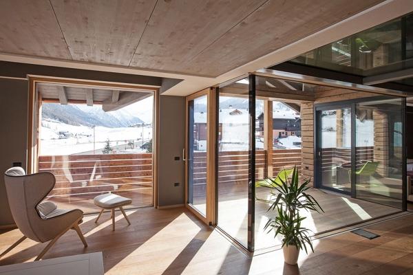 interno in legno