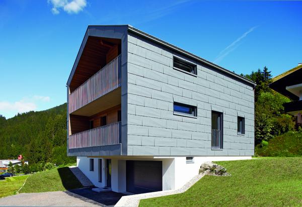 Foto la forza dell alluminio per una casa nel cuore delle for Tipi di prestiti per la costruzione di una casa