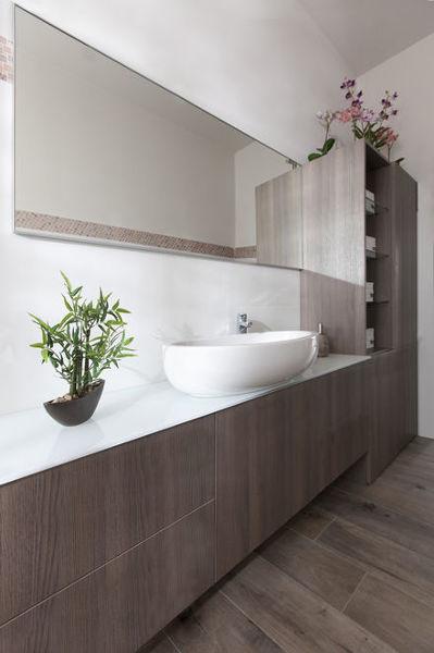 Foto mobile su misura con colonna per bagno di servizio di semprelegno 481082 habitissimo - Colonna per bagno ...