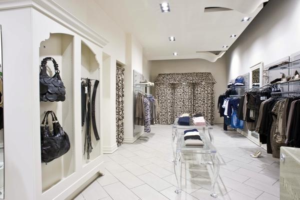 Foto negozi rinascimento di eldorado plexiglas 76234 for Negozi arredamento ancona