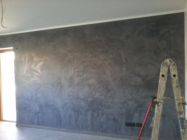 stucco veneziano grigio perla On pittura spatolato grigio perla