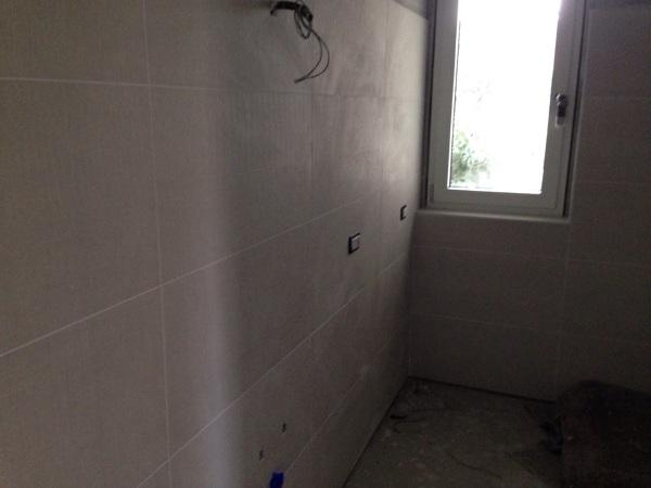 Foto piastrellatura bagno di edilmaf srl 366112 habitissimo - Piastrellatura bagno ...