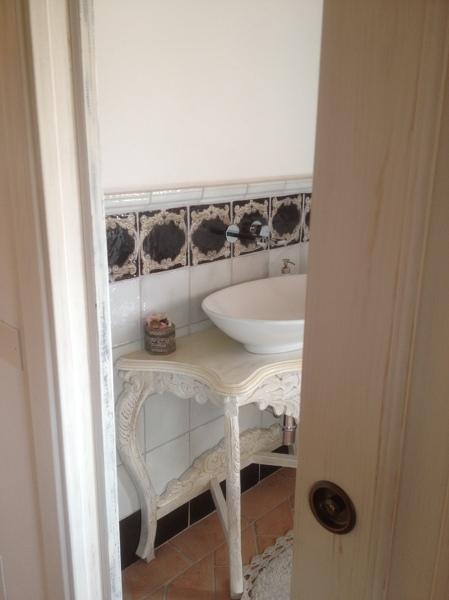 Foto: Porta Abete Shabby Chic e Mobile Bagno Patinato di Homecolors ...