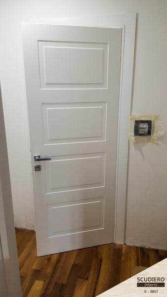 Foto porta garofoli miraquadra di scudiero interni 538198 habitissimo - Porta garofoli prezzo ...