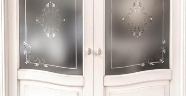 Foto porta interna classica con vetro satinatoa due ante for Porta interna bianca con vetro