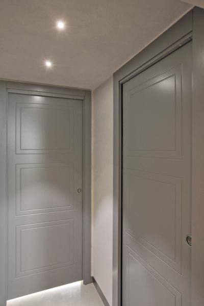Foto porte interne pantografate e laccate ral grigio di t e a costruzioni generali s r l - Porte interne rovere grigio ...