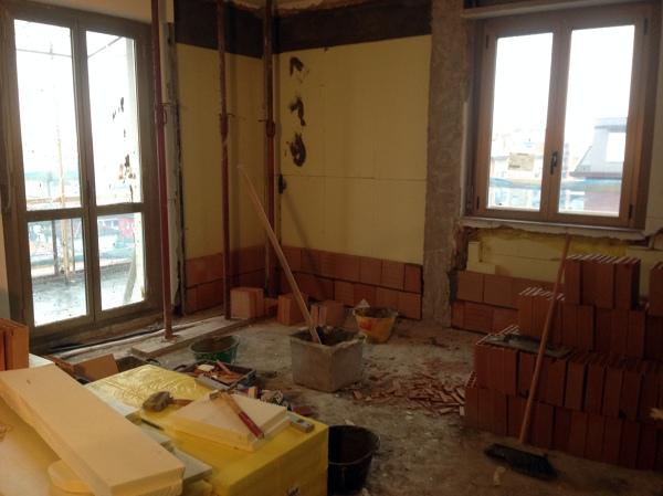 Foto posa isolante termoacustico e contro parete di e c costruzioni 147490 habitissimo - Posa piastrelle parete ...