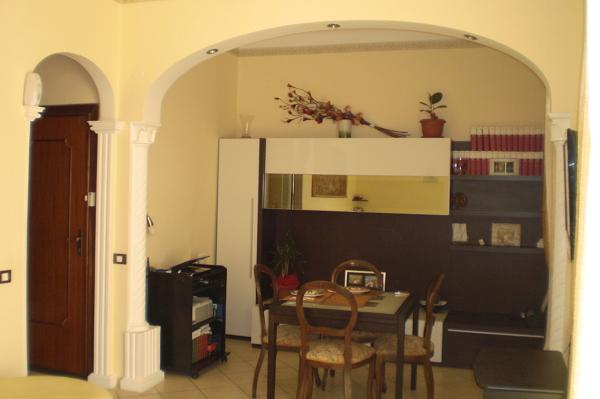 Foto realizzazione arco e colonne per salone di decor art - Archi in gesso per interni ...