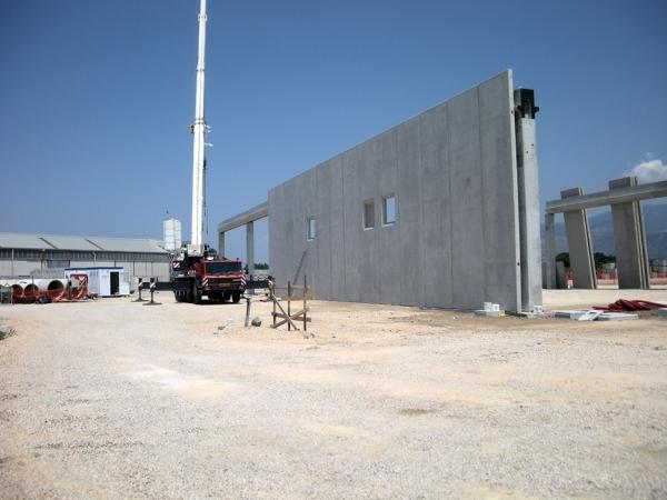 Foto realizzazione capannone industriale di architetto for Piani di progettazione moderni capannone