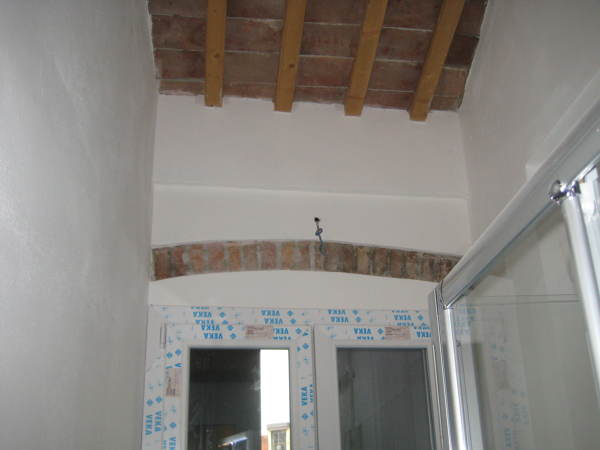 Foto recupero appartamento dal 800 via del santo padova for Arredamento etnico padova