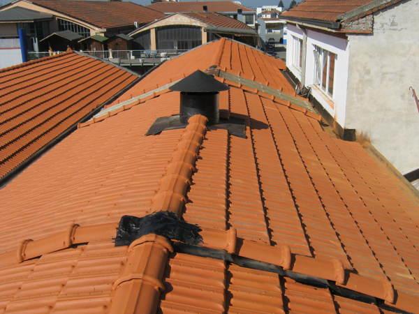 Progetto ristrutturazione tetto progetti for Stili tetto tetto