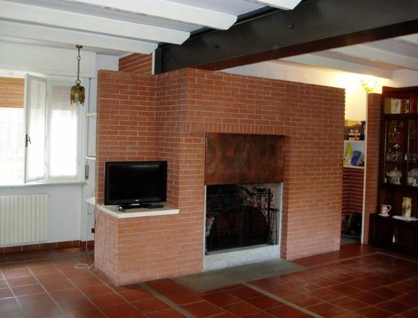 Foto ristrutturazione e arredamento interno di casa for Arredamento etnico cagliari