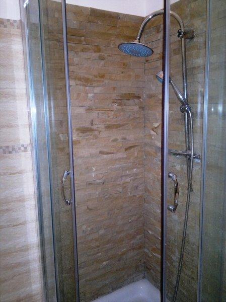 Foto rivestimento doccia con pietre di luigi renzulli - Rivestimento doccia in pietra ...