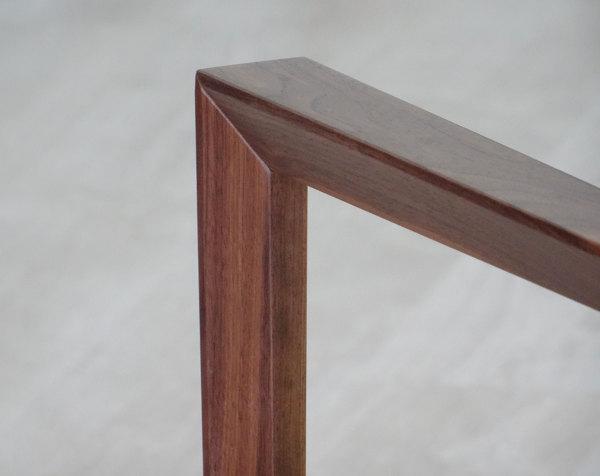 Sedie In Legno Con Braccioli : Foto sedia in legno con braccioli particolare sezione di arco
