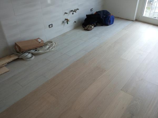 Foto soggiorno con cucina a vista di gruppo artigiani 308703 habitissimo - Soggiorno con cucina a vista ...