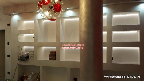 Foto soluzioni in cartongesso per negozi di tecnoartedil for Negozi arredamento ancona