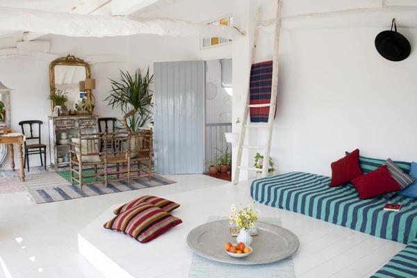Arredamento Stile Mediterraneo : Foto: spazi interni stile mediterraneo di valeria del treste #318145