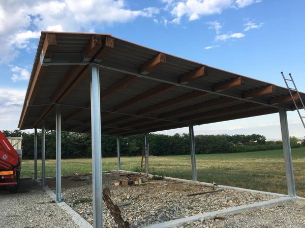 foto tettoia in ferro zincato e legno di prometal di